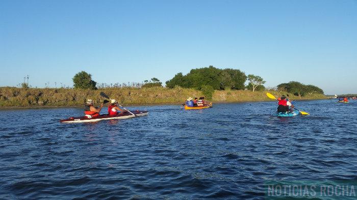 travesia en kayaks monte de ombues