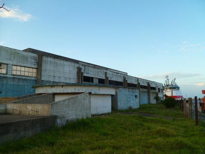 zona lateral del edificio ex ASTRA